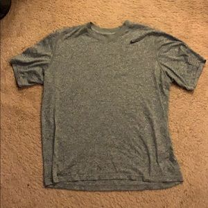 Nike Dri Fit T-shirt Color Grey Size Large